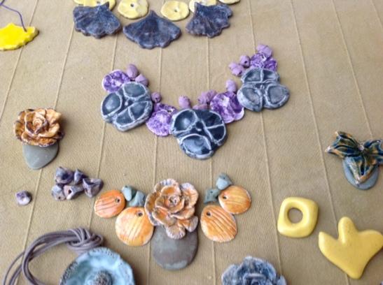 Compositions pour colliers céramique